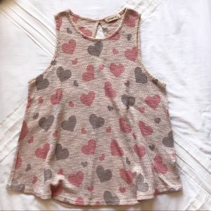Heart No-sleeve Shirt